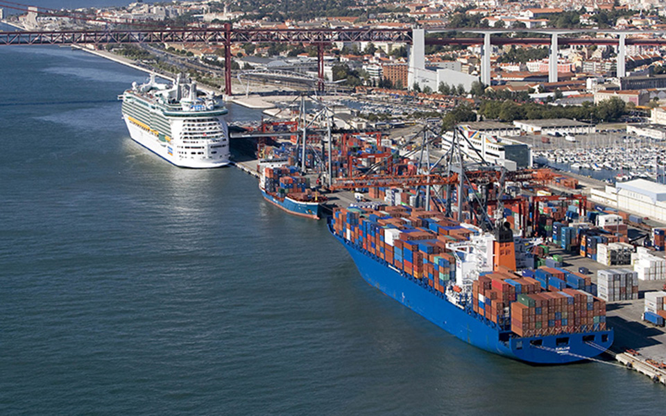 Porto de Lisboa tenta 'salvar' terminal do Barreiro