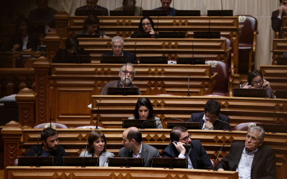 Esquerda acusa Governo de ignorar Lei de Bases  e exige fim das PPP na saúde