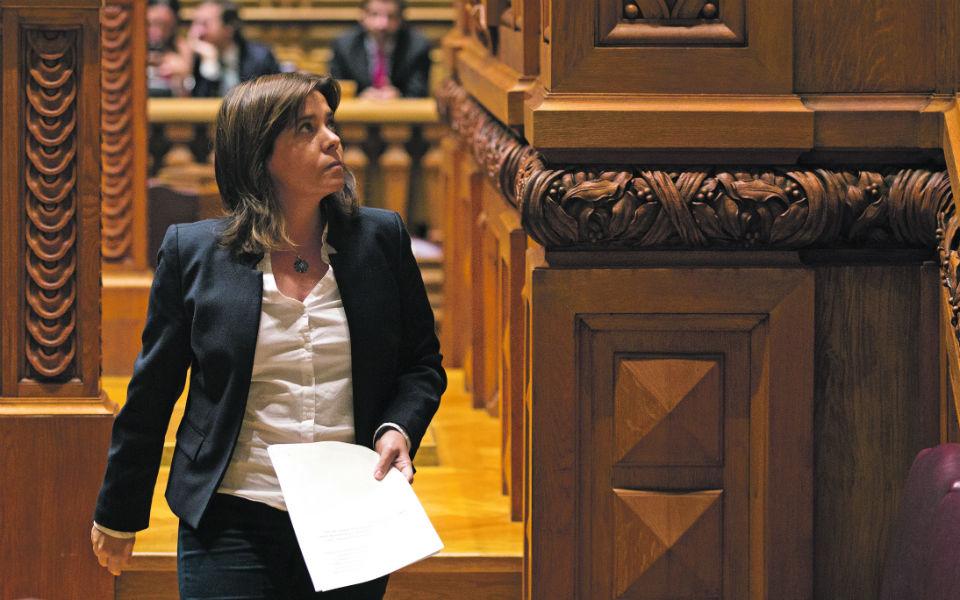 Projeto de Lei de Bases do BE baixa à comissão para evitar chumbo