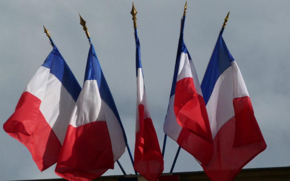França: Uma eleição, duas incógnitas