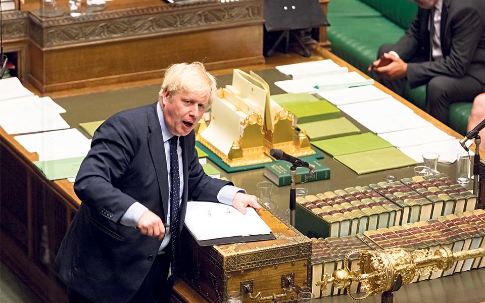 Boris Johnson com maioria absoluta confortável
