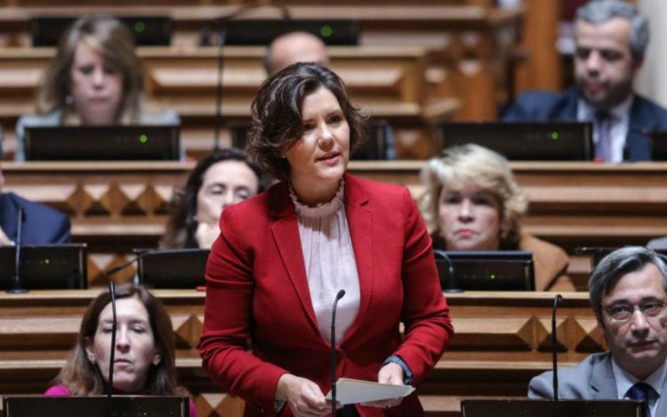 CDS-PP quer punições para incumprimento de serviços mínimos