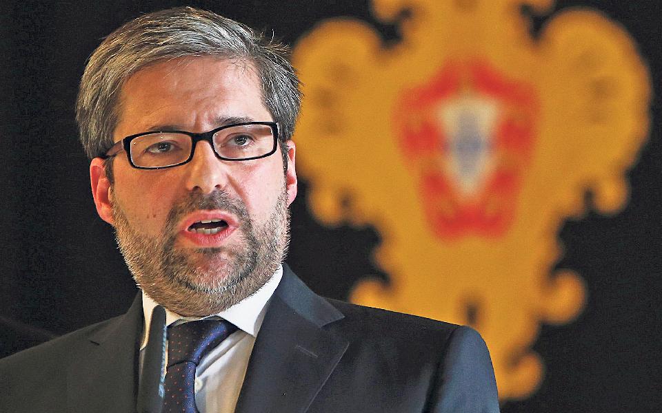 Isabel dos Santos contrata Marco António Costa e libanês desiste do banco se não ficar maioritário