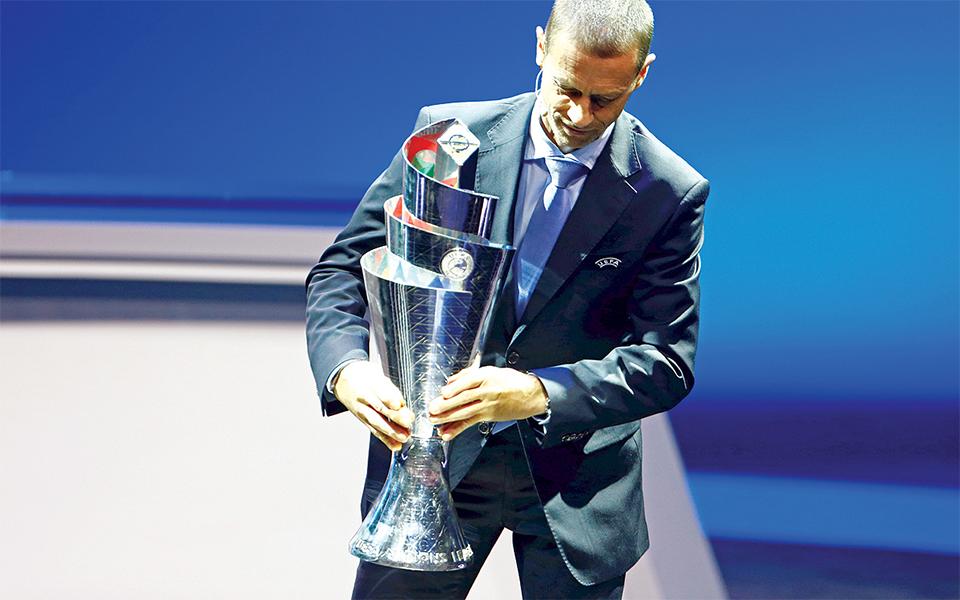Portugueses criam troféu para Ronaldo levantar