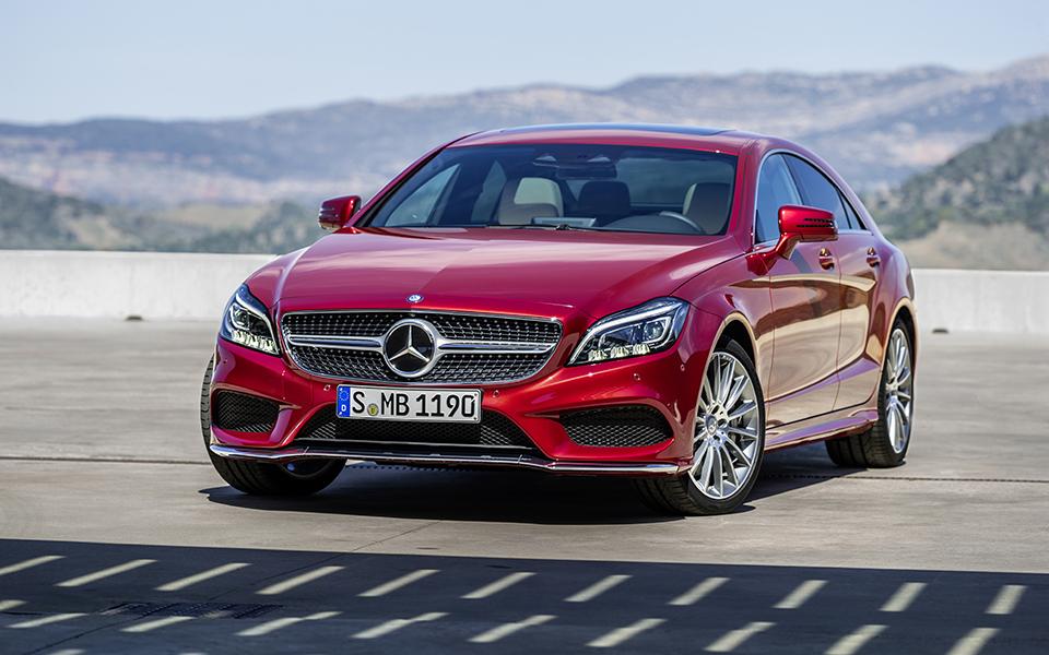 Mercedes  CLS 300 D Coupé:  Distinção com linha de cintura arqueada