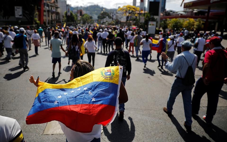 Venezuela: Como é a vida dos portugueses em Caracas