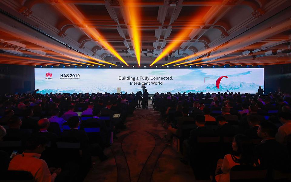 Huawei prevê crescer a dois dígitos no negócio de 5G