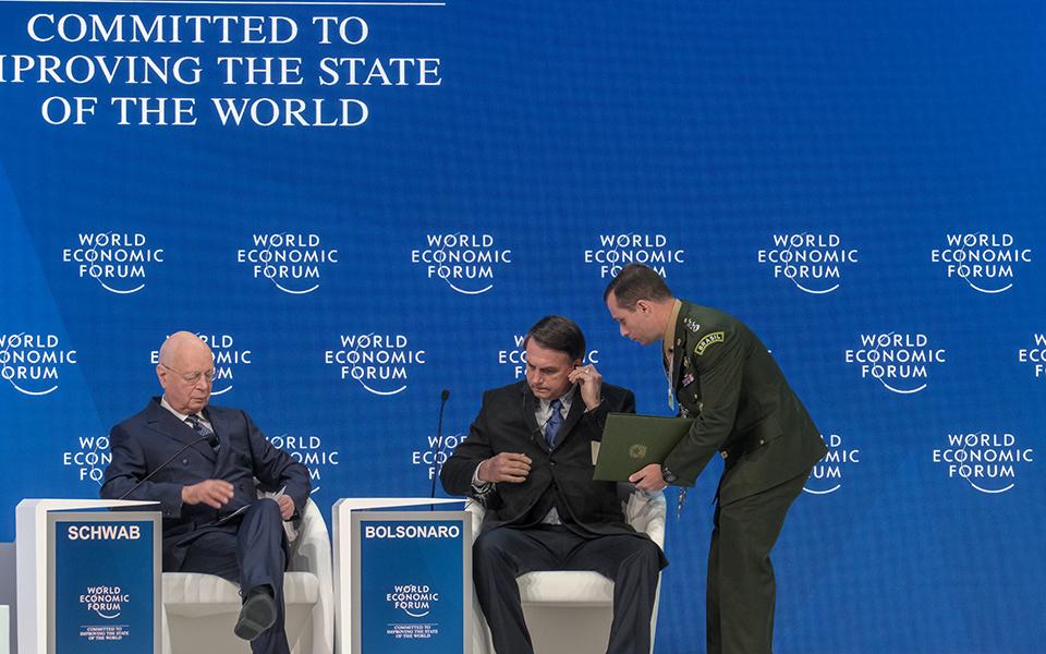 Jair Bolsonaro: Fugas, polémicas e discursos para os investidores