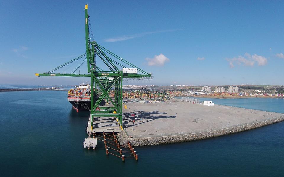 Porto de Sines apontado como 'ponto crítico' para o sucesso da 'Rota da Seda'