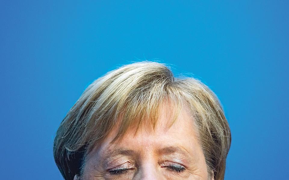 Angela Merkel 'Desistência' abre condições para falência do projeto europeu
