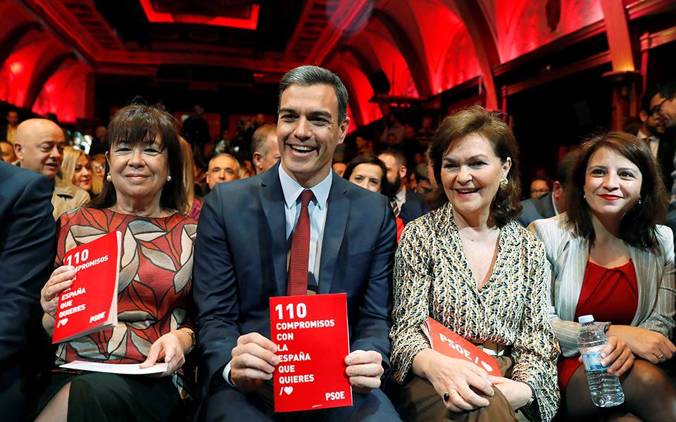 Extrema-direita pode dar vitória ao PSOE que tira partido de fissuras