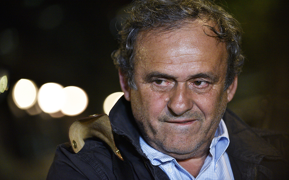Michel Platini - Demasiada areia para o camião do antigo mago do futebol gaulês