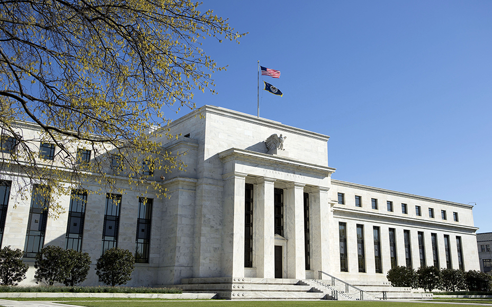 Fed aparece  para resgatar  as bolsas