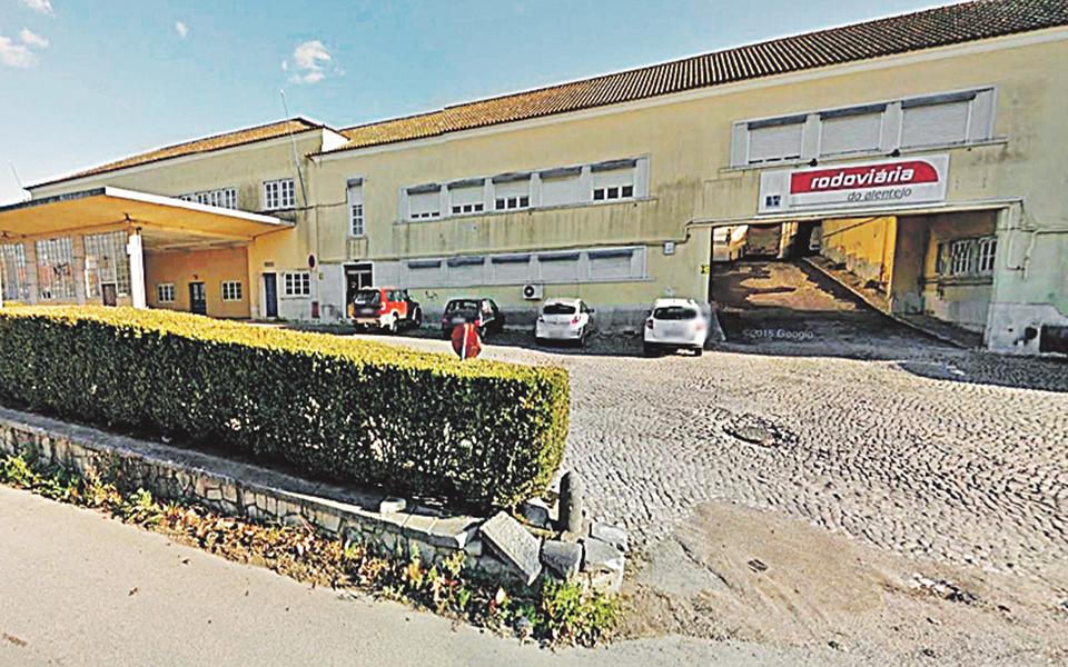 Bacalhôa compra garagem histórica de 30 mil m2 em Azeitão