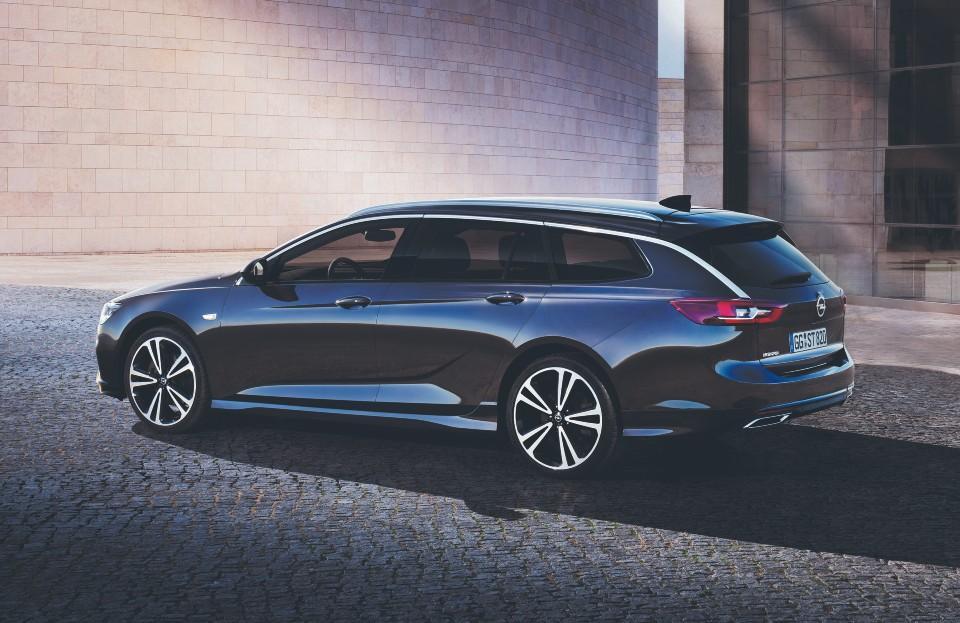 Insignia: Opel relança o topo  de gama mas sem o eletrificar