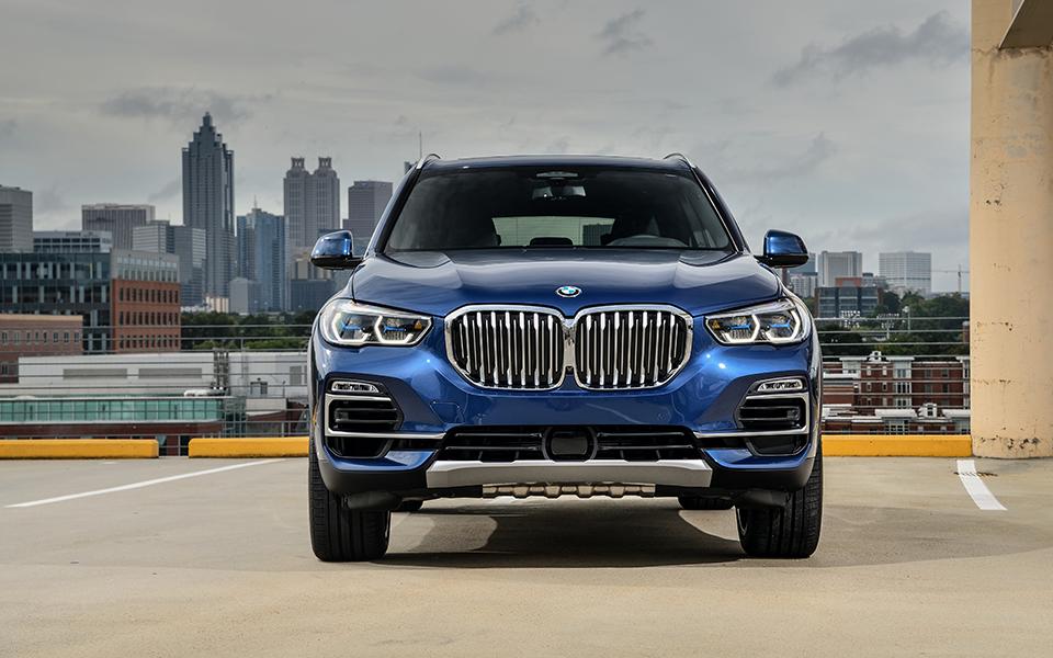 BMW X5 xDrive 30d: Novo SUV gosta de rolar fora do asfalto