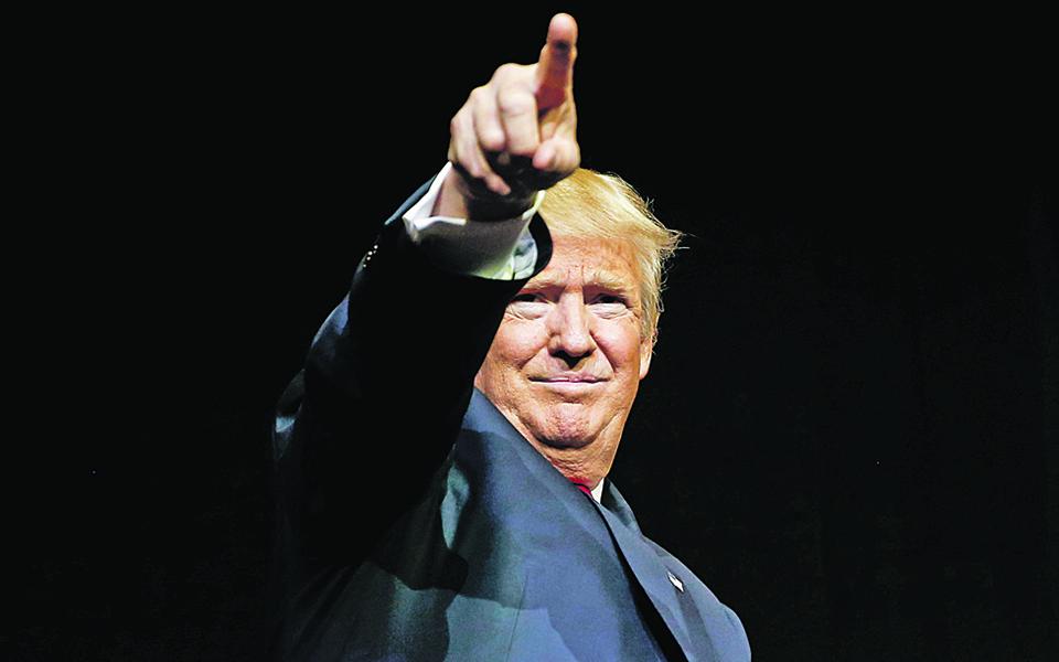 Presidente dos Estados Unidos regressa à 'Guerra das Estrelas' numa versão alargada