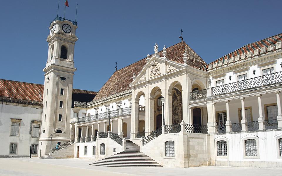 Quatro candidatos na corrida à Universidade de Coimbra