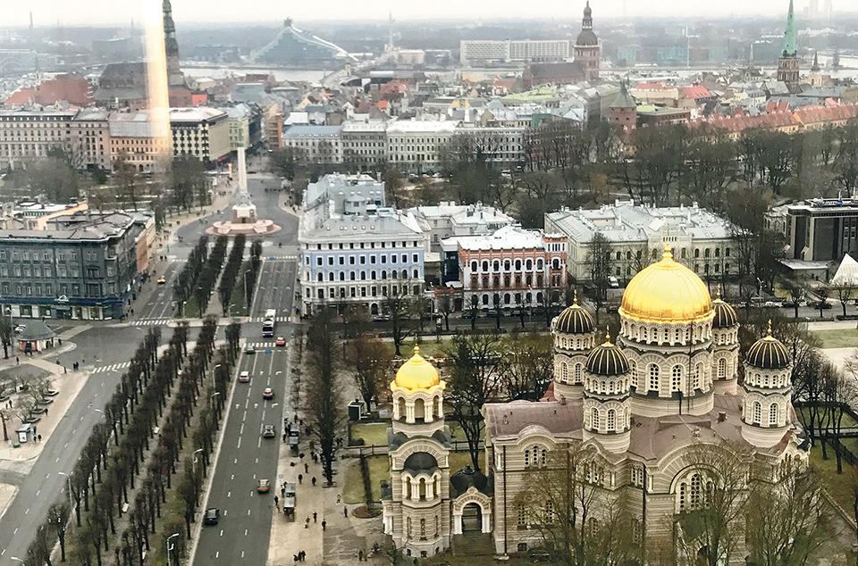 Letónia, Estónia, Lituânia. As duas dimensões dos países bálticos: o Natal e o centenário da independência