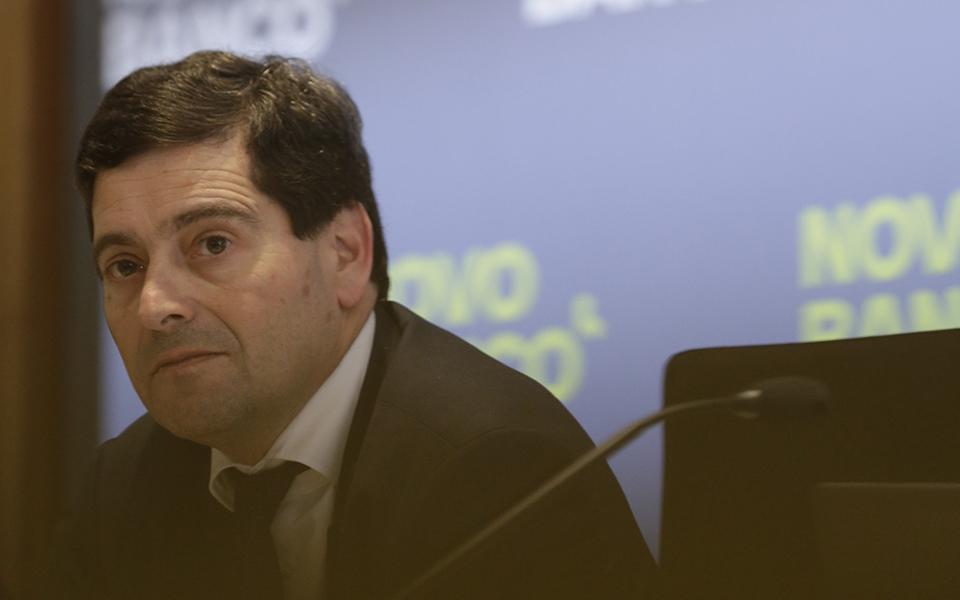 Novo Banco  vai pedir mais  de 1.000 milhões