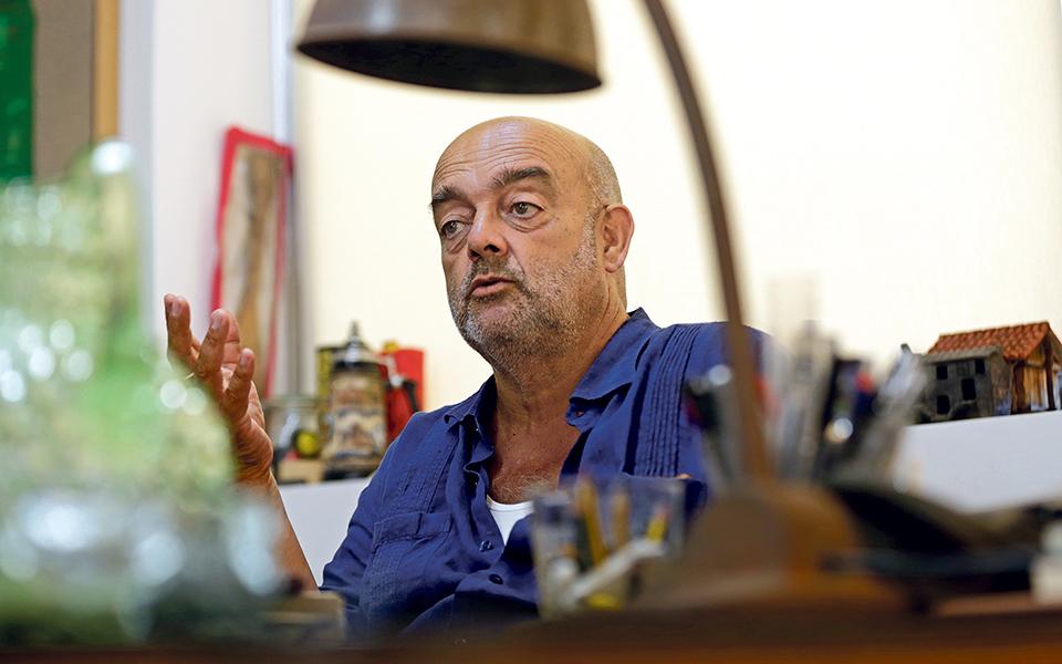 """Pedro Cabrita Reis """"Sou um artista clássico"""""""