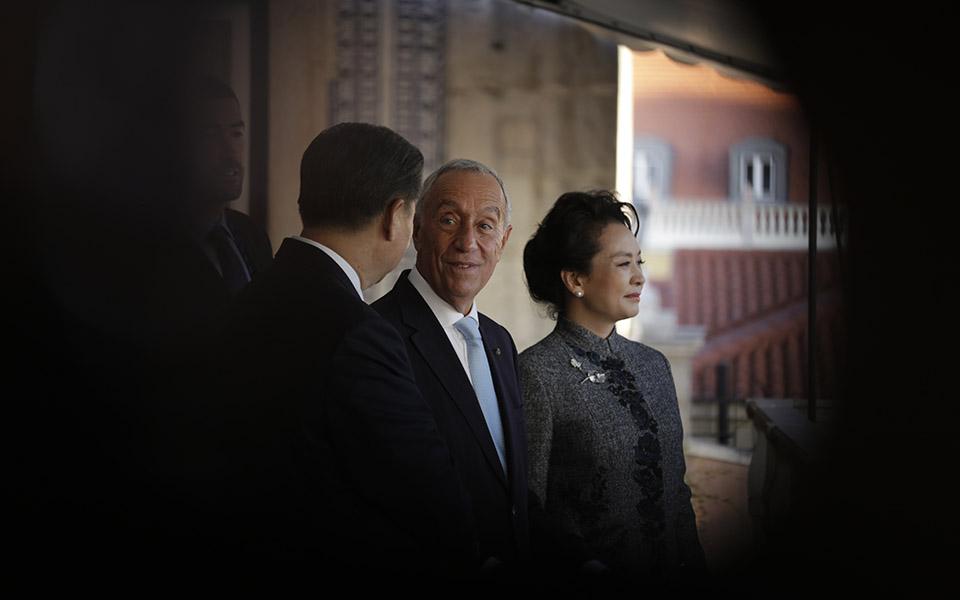 Marcelo vai à China captar investimento e desafiar ordem global