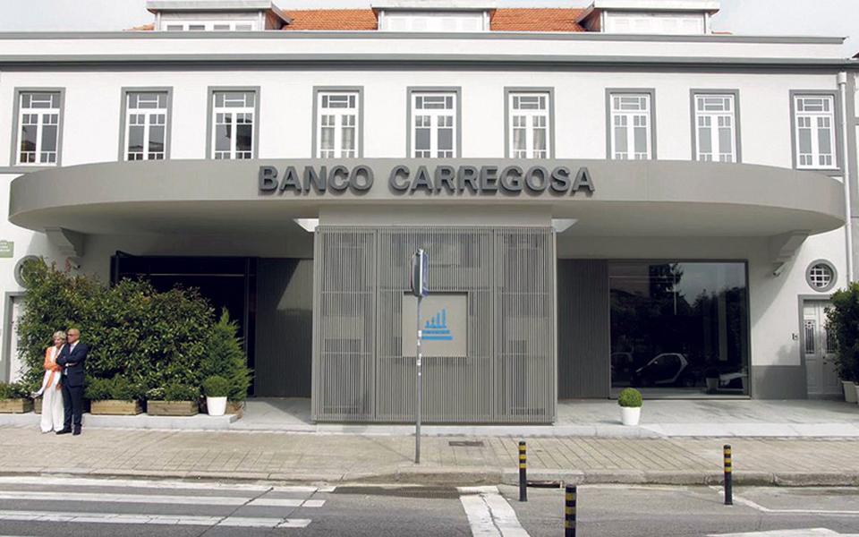 Amorim quer vender posição no Banco Carregosa