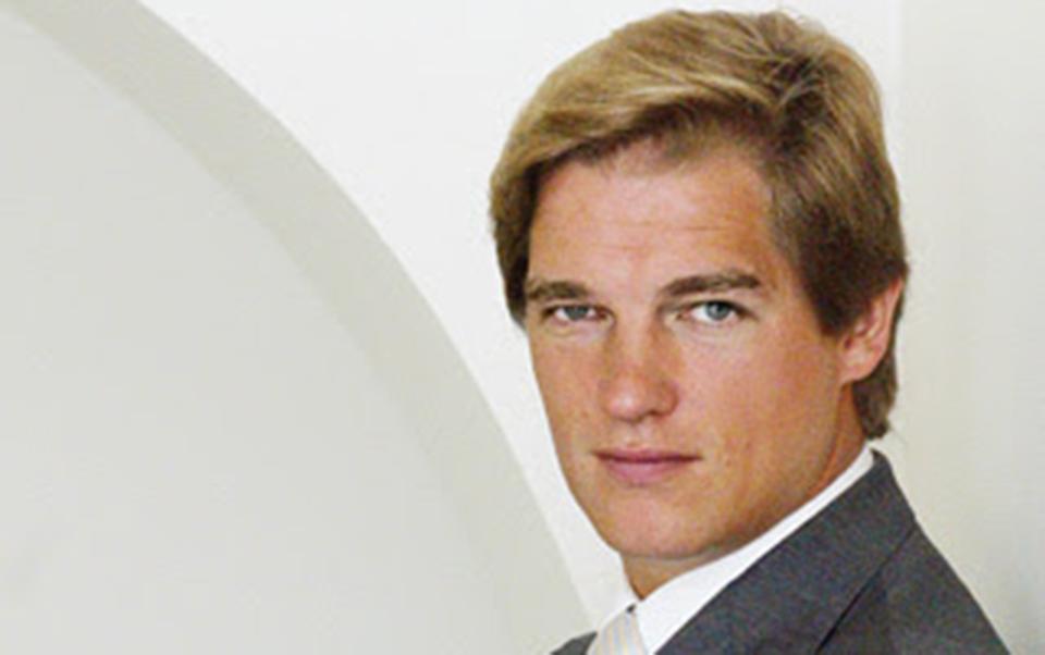 Orey Financial vende retalho  em Espanha