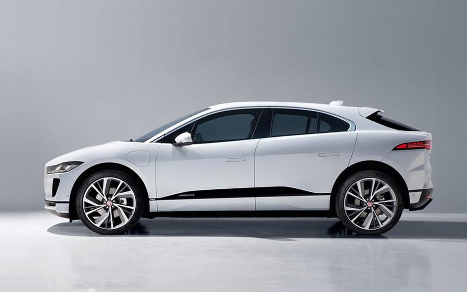 I-Pace EV400 SUV da Jaguar arrisca ser um fenómeno