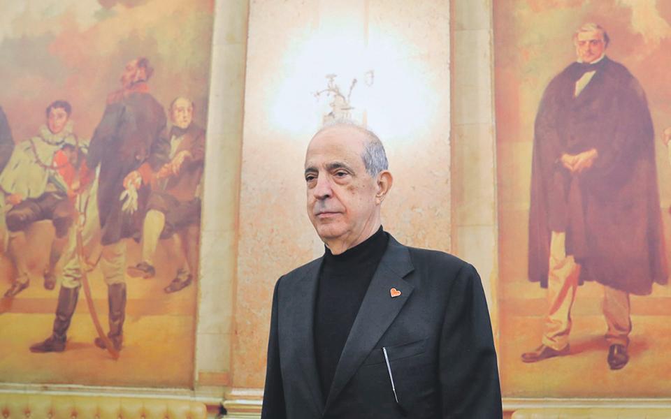 Berardo chama Faria de Oliveira e Paulo Macedo como testemunhas