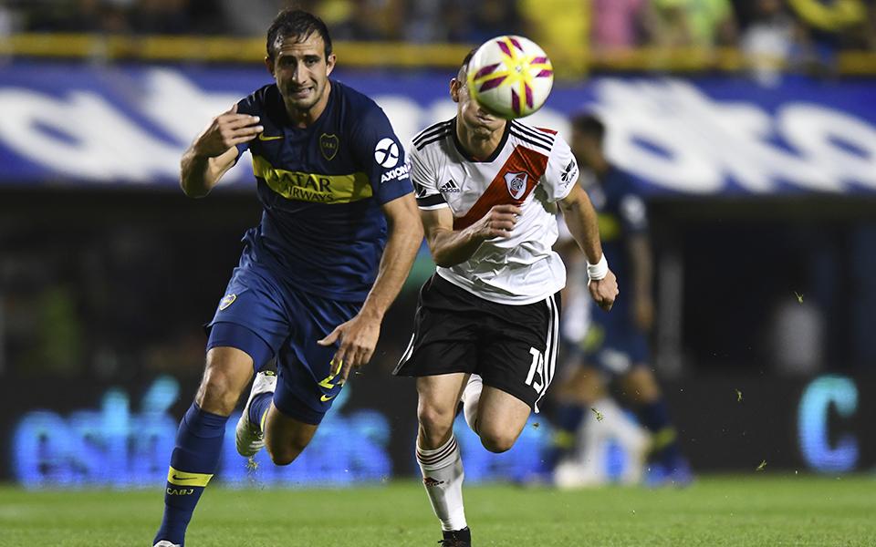 """O jogo de futebol que """"distrai"""" uma Argentina em crise"""