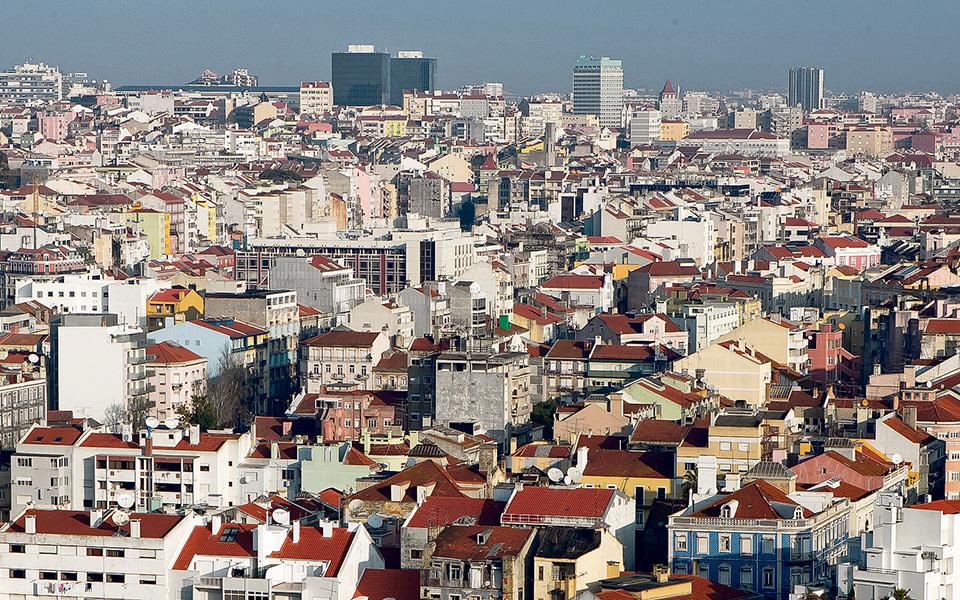 Estrangeiros investem na segurança de Portugal apesar dos alertas da 'bolha'