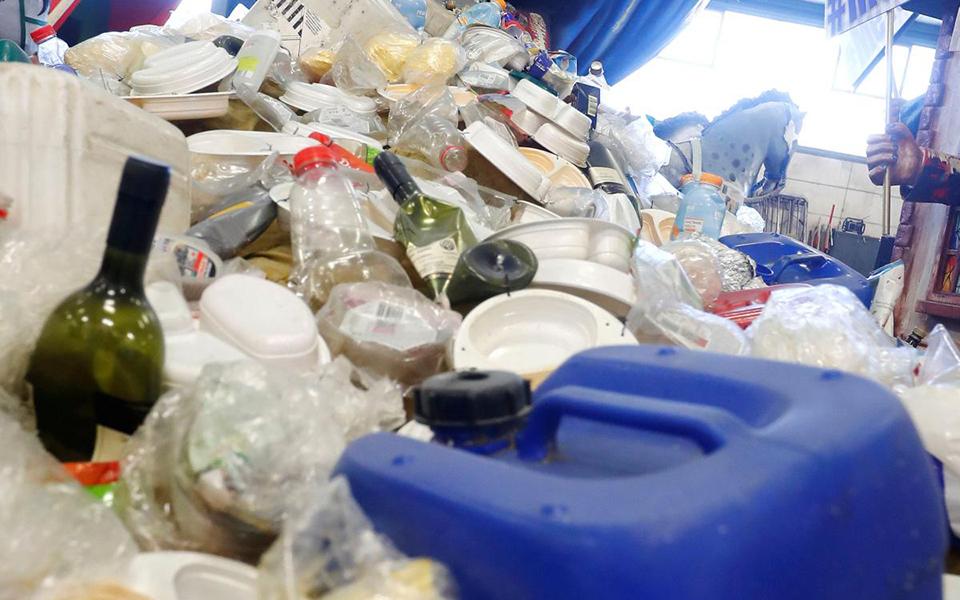 Portugal declara guerra  ao plástico descartável