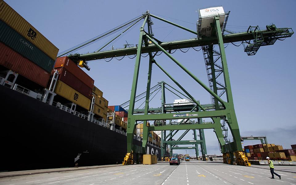 Ministro chinês hoje em Sines para acelerar expansão do porto