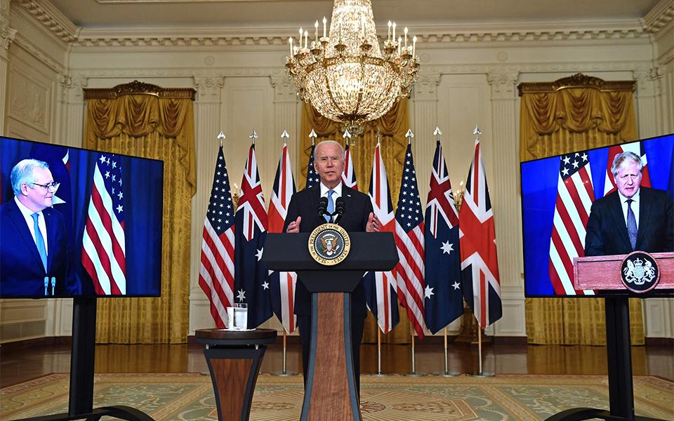 Biden vale-se de Aukus para emendar a mão após desastre de Cabul