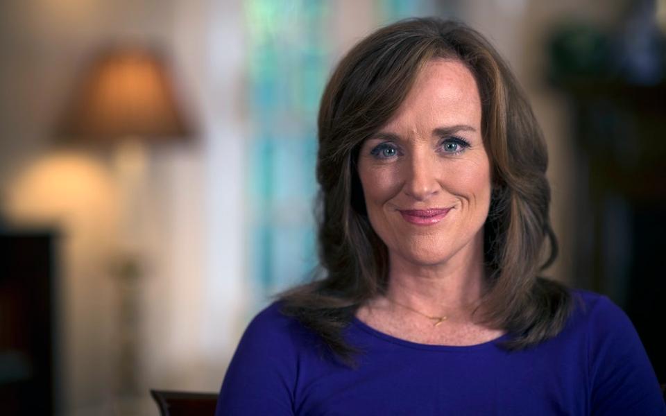 Kathleen Rice: Uma moderada que permitiu pôr travão às ambições de Alexandria Ocasio-Cortez