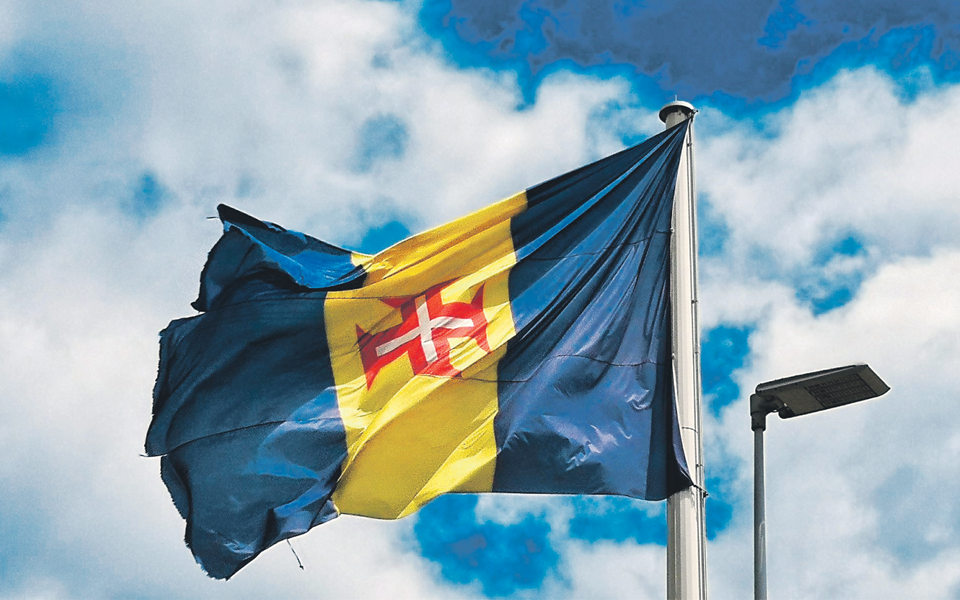 Rotas de Verão: Contornar a Madeira e pôr um pé no Porto Santo