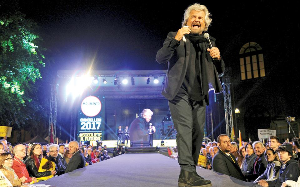Crise política italiana leva a dissolução do Parlamento