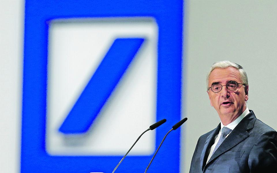 Deutsche Bank estuda fusão com o Commerzbank