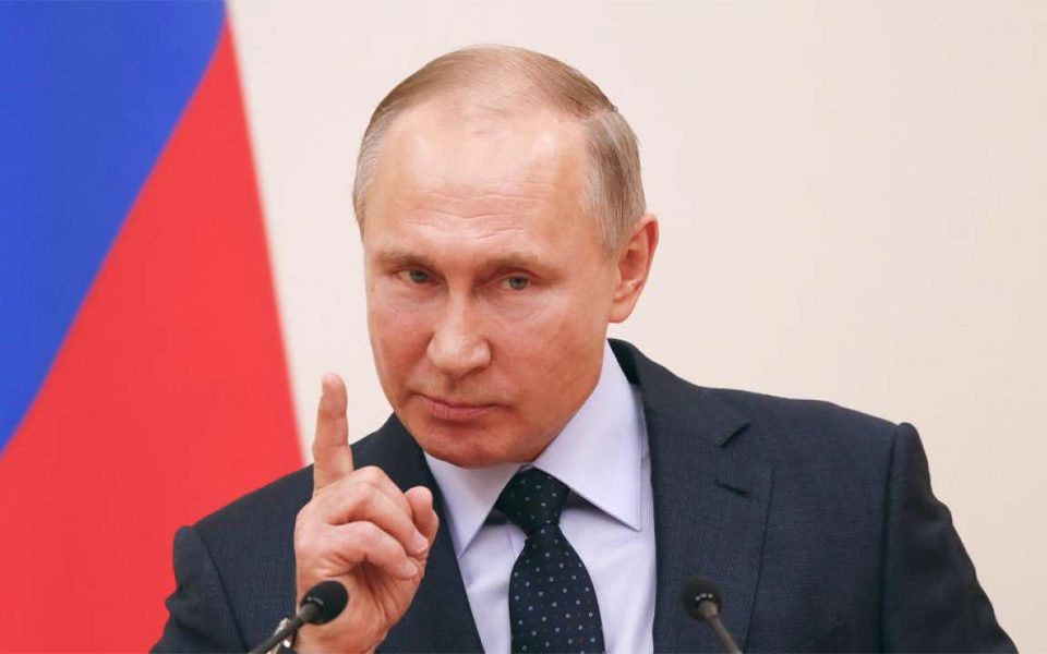 Regime de Vladimir Putin vacila com os resultados eleitorais mas continua longe de cair