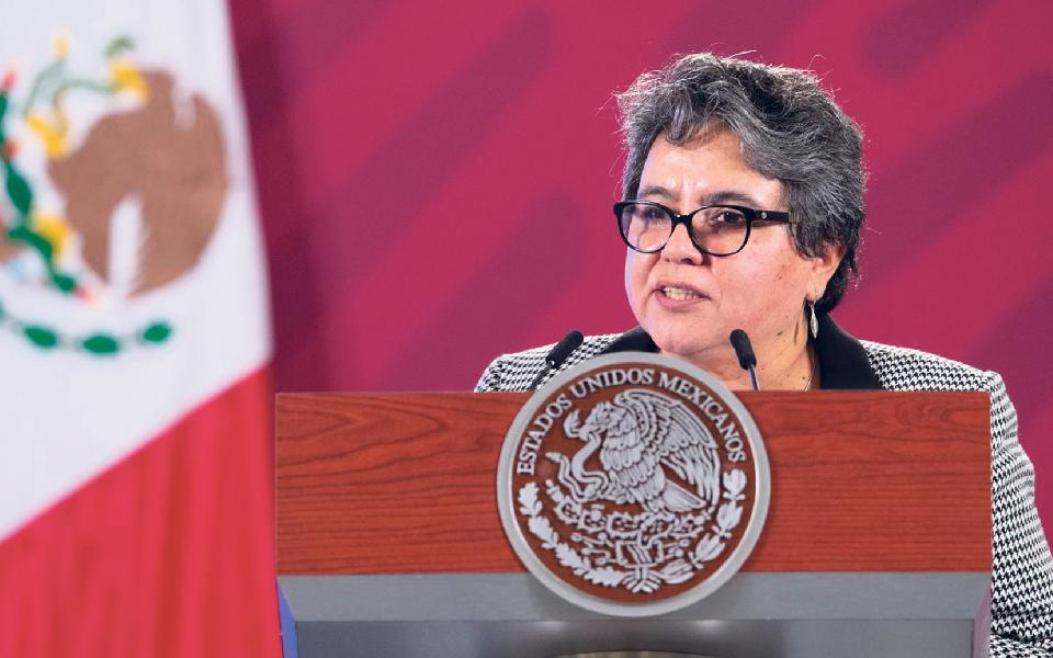 """Raquel  Buenrostro: Cobradora dos fortes assume-se comoa """"Dama de Ferro"""" do Tesouro mexicano"""