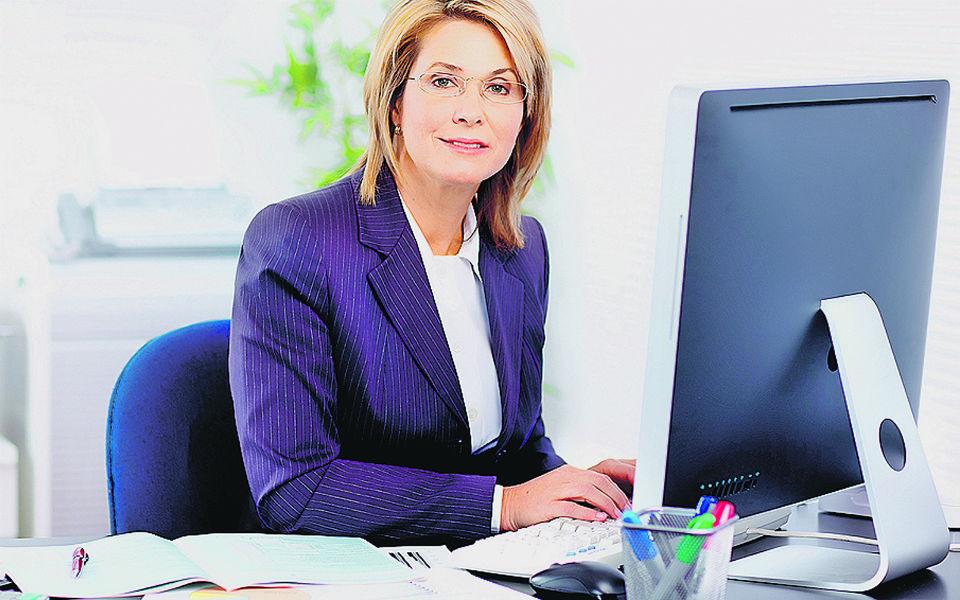 Secretárias dos advogados ganham até 2.450 euros