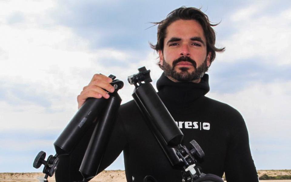 João Rodrigues: De câmara e fato de neoprene,  a sua missão é salvar os oceanos