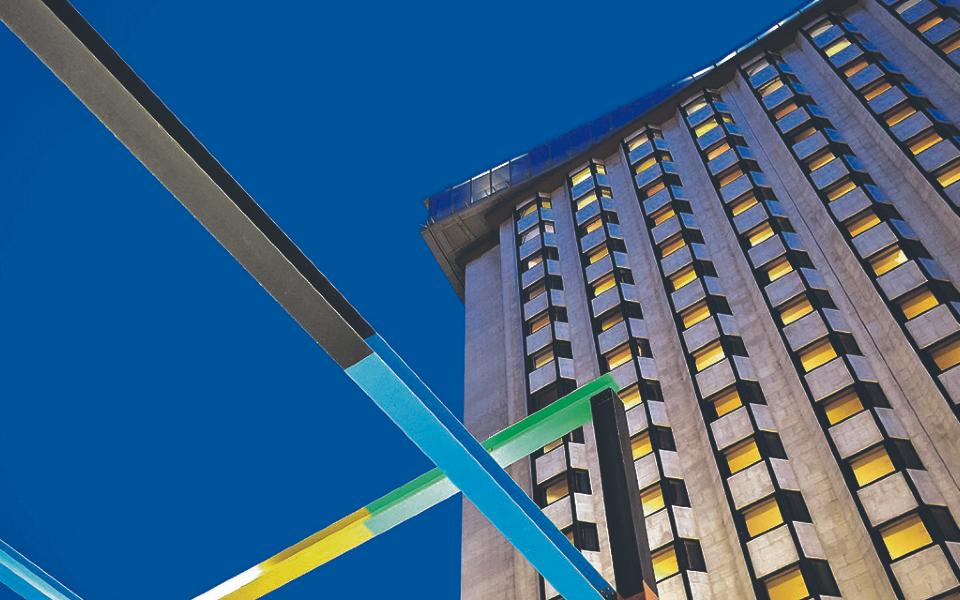 Fundo da Sonae Capital vende Porto Palácio Hotel por 62,5 milhões de euros
