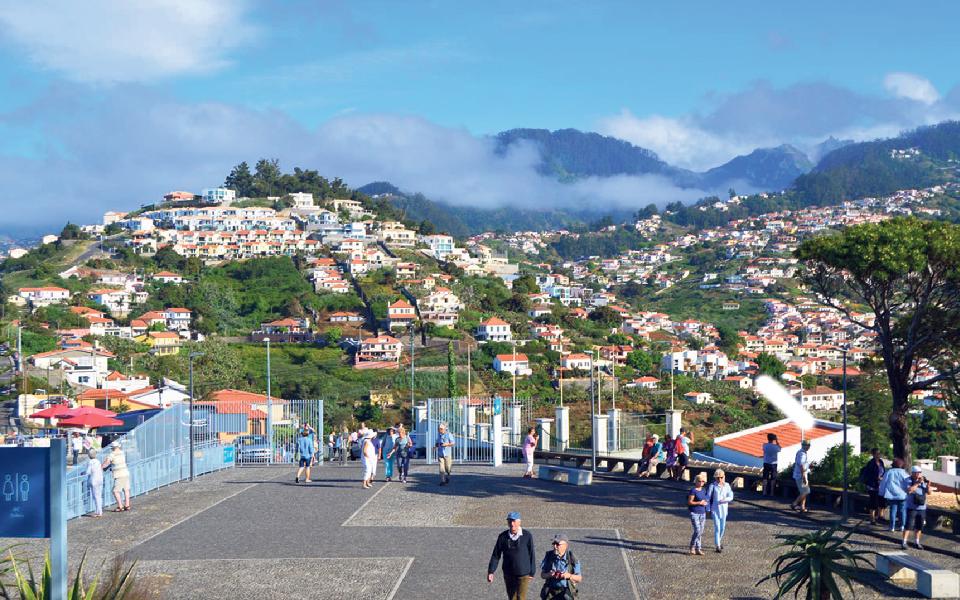 Atividade económica na Madeira caiu a pique, mas vai tombar mais antes de recuperar