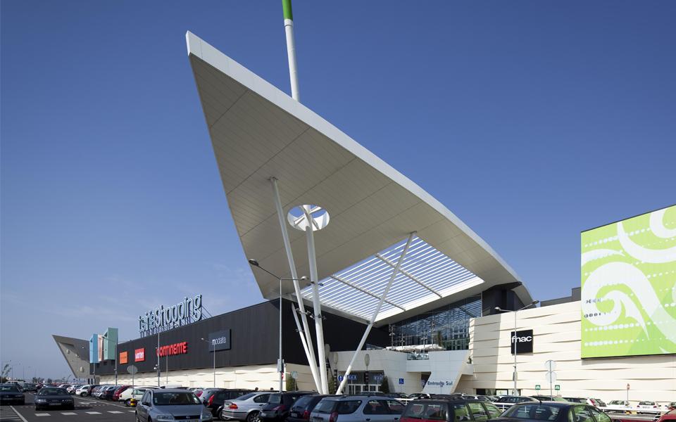 Sonae Sierra poupou 167 milhões de euros desde 2010