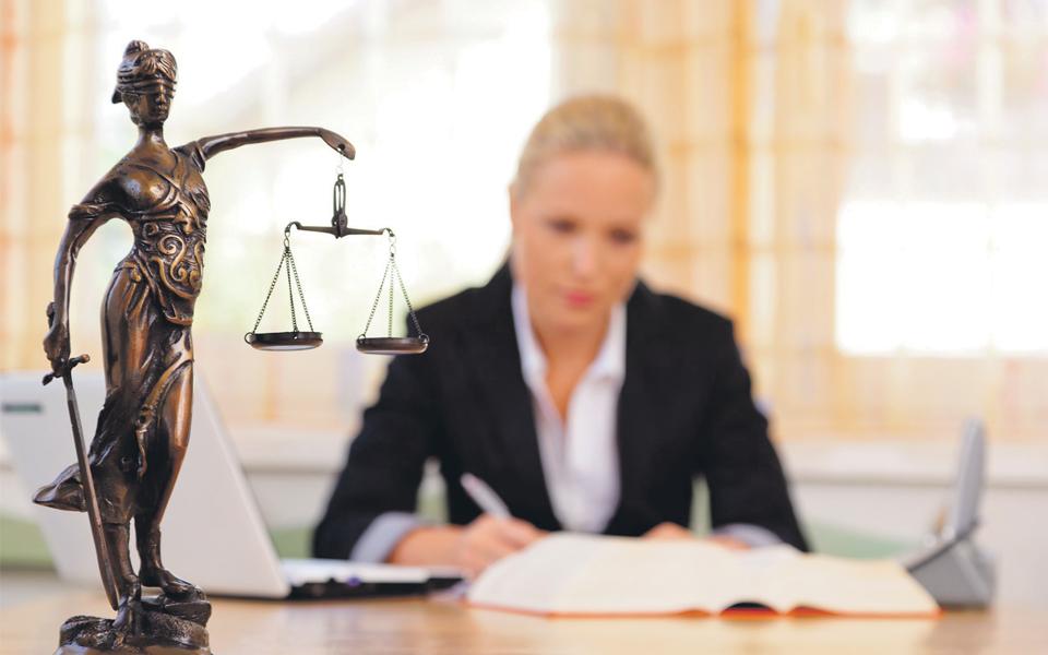 Fisco avança com execuções a 500 advogados com dívidas à Ordem