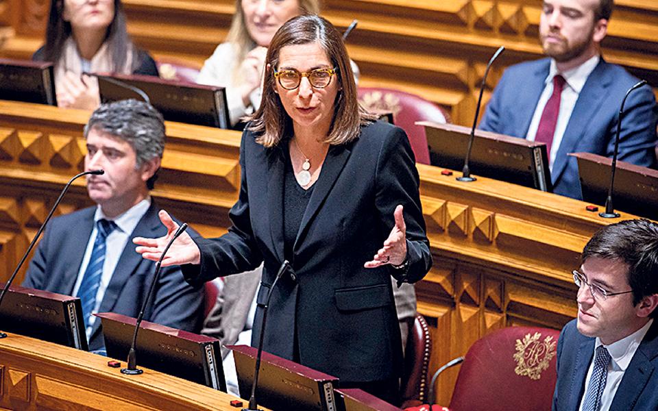 PS passa a 'pente fino'  medidas por executar do último Orçamento