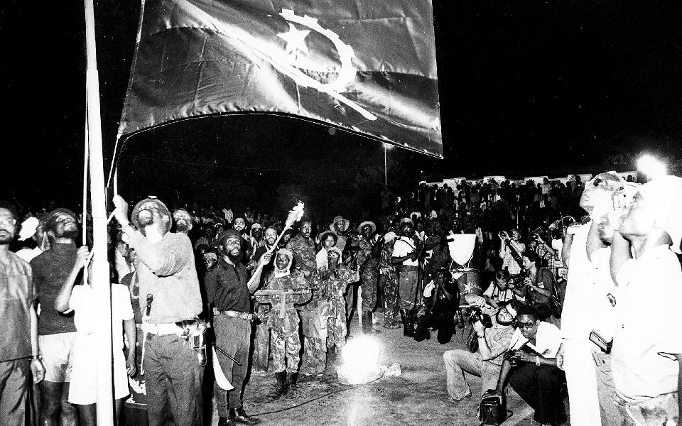 Angola: 45 anos  de independência - Entre a incerteza  e a insatisfação