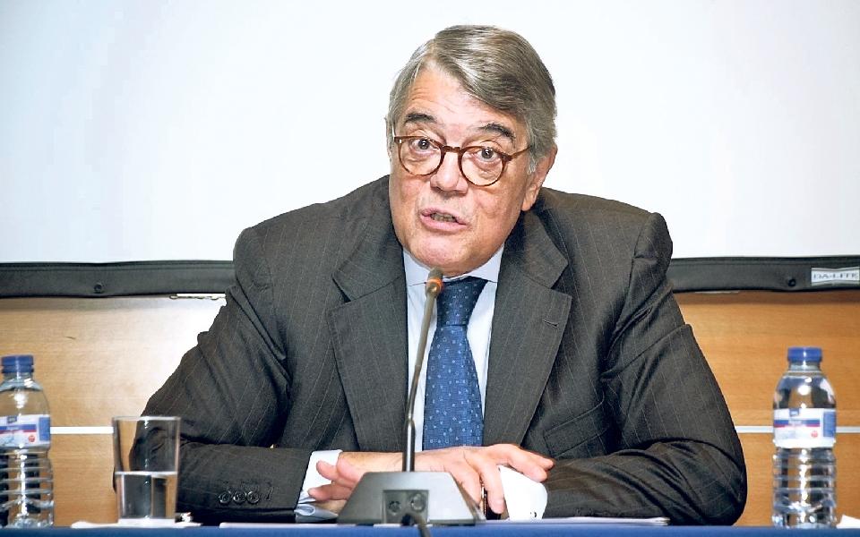 """""""Nas relações  com a China ninguém dá lições a Portugal"""""""